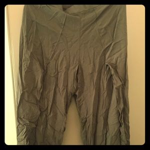Army green pants with spilts